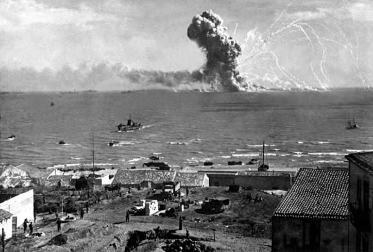 Allied invasion of Sicily_ SS Robert Rowan_German Ju 88 bomber July 1943