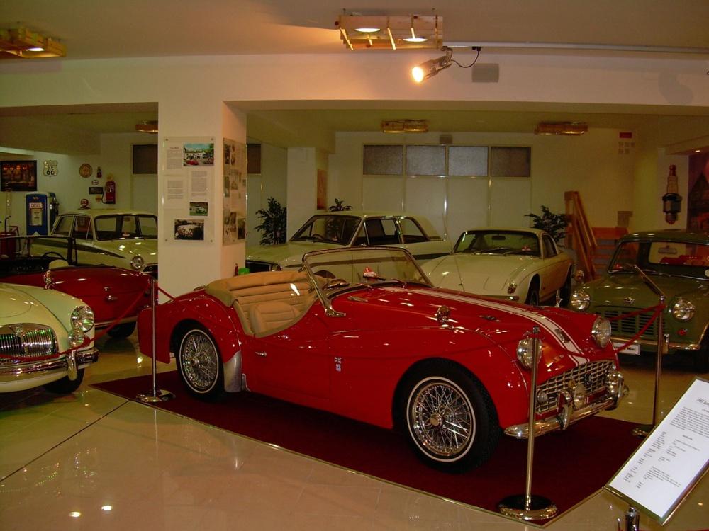 Malta: historiallisia nähtävyyksiä, upea automuseo ja vanhat lentokoneet (5/6)
