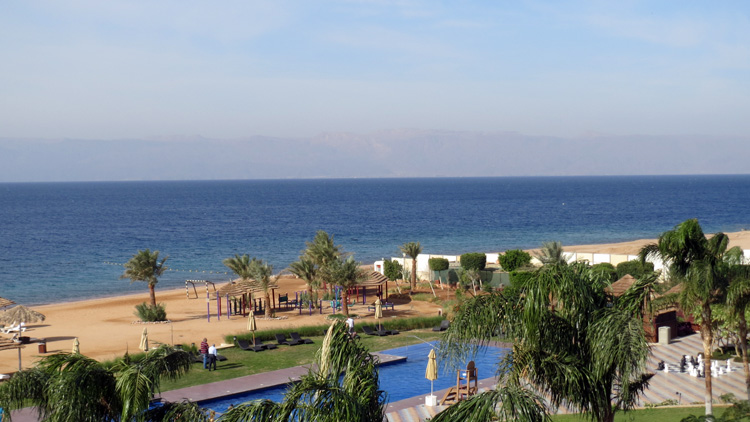 Perfect day for photographing in the Red Sea_Jordan