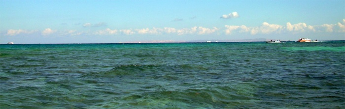 Polkuveneellä merellä