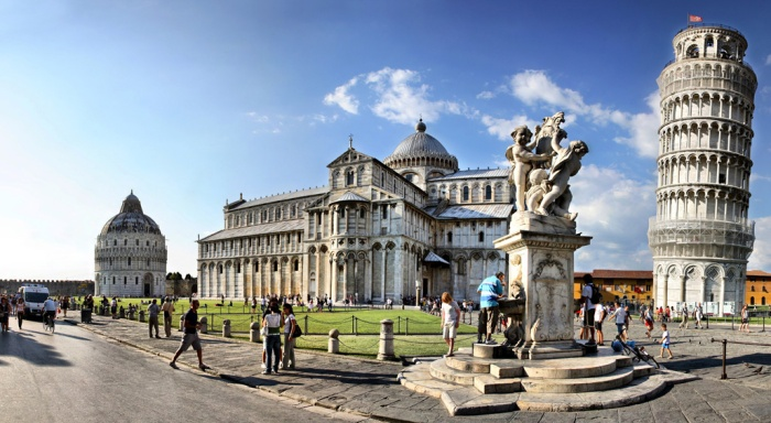 Pisa_piazza dei miracoli