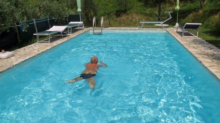 Montemagnossa kelpasi uida