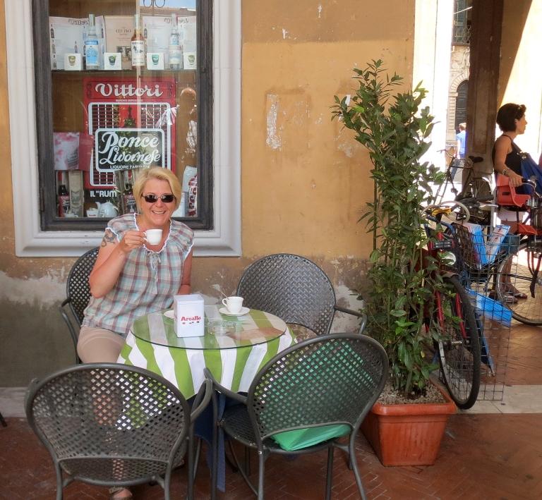 Pisa_coffee shop