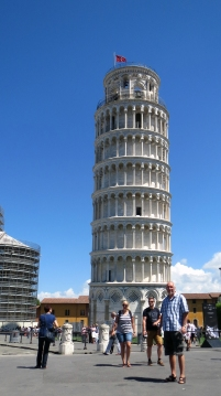 Pisa_the tower and Ile