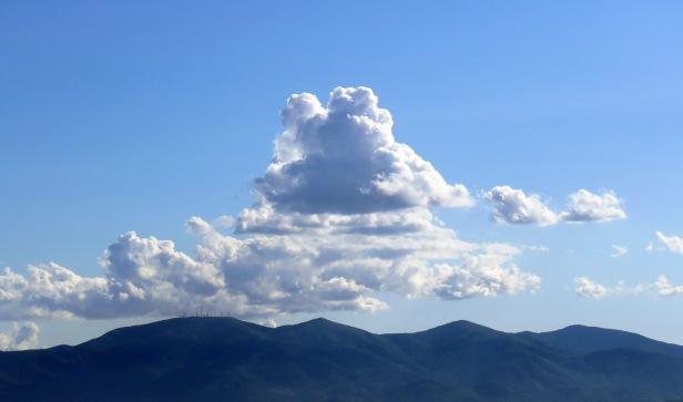 Pilvet ja vuoret