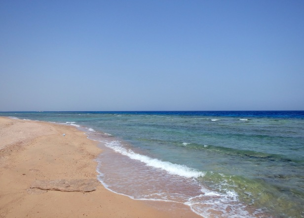 The Sahl Hasheesh sea and beach 2.jpg