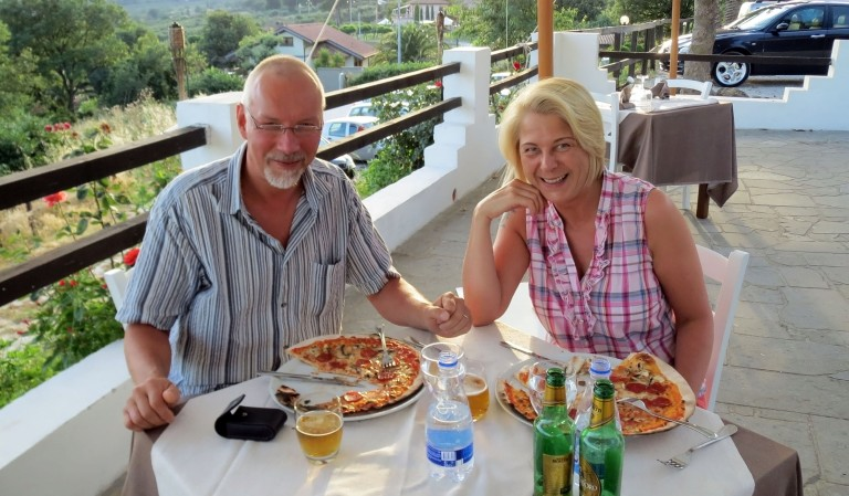 Pizza and beer evening at a Trevignano pizzeria